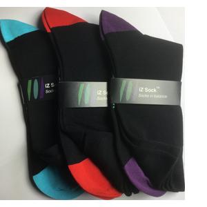 3 pak iZ socks bambus, lækre strømper. Sort med Rød, lilla og turkis. 1 af hver